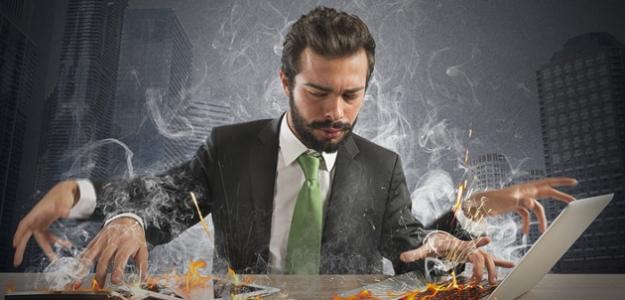 NEBEZPEČNÉ: Ako spoznáte, že ste workoholik?