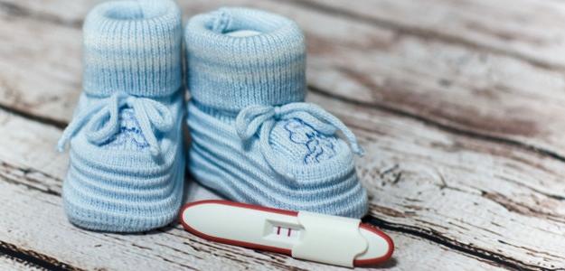 Už TO vedia? ...4 tipy, AKO oznámiť rodine tehotenstvo.