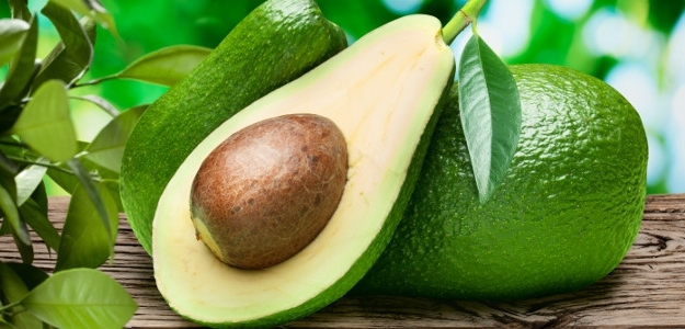 zdravá strava, výživa pre mozog, avokádo, jedálniček, orechy, fazuľa