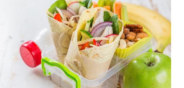 desiata, školáci, raňajky, cereálie, chlieb, pečivo, jogurt, vňate