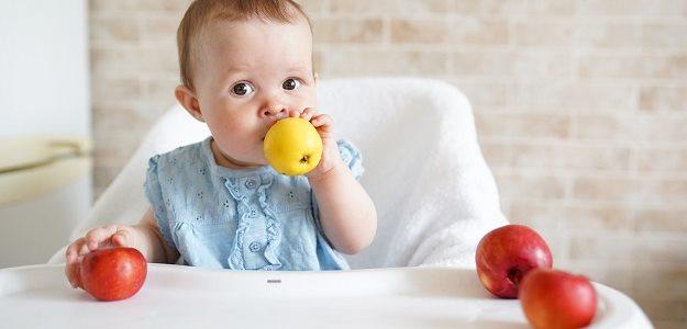 Jablková žemľovka