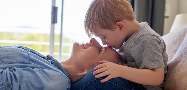 Jednoduchý tip pre rodičov: TAKTO budú deti poslúchať
