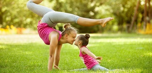 Cvičenie s deťmi: 11 pozitív detskej jogy
