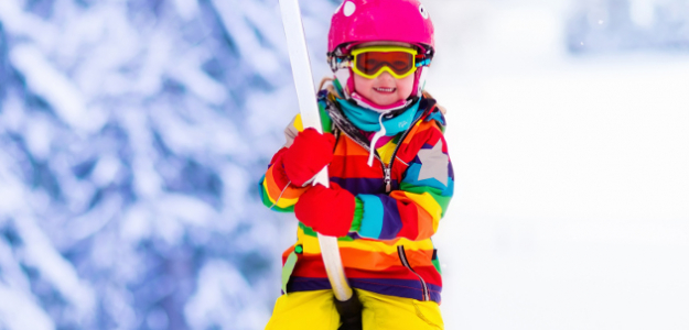 zima, sneh, prilba, lyže, bezpečnosť, deti
