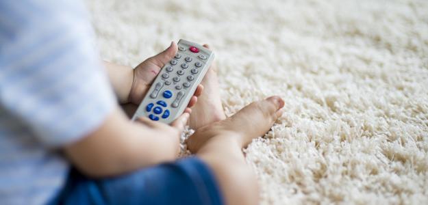 dieťa, televízia, televízne noviny, správy, násilie, detské správy