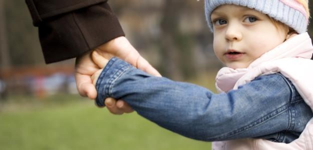 Korona-kríza ako dôvod na odopretie kontaktu dieťaťa s rodičom?