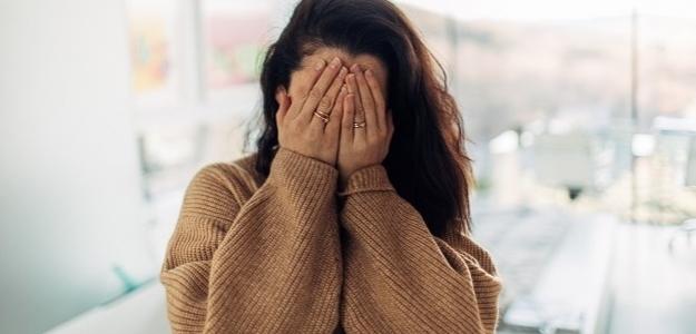Vaše príbehy: Keď som dostala prvú facku, hanbila som sa