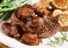 Dusené mäso s hubami