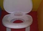 odplienkovanie: wc doska s integrovaným wc sedátkom