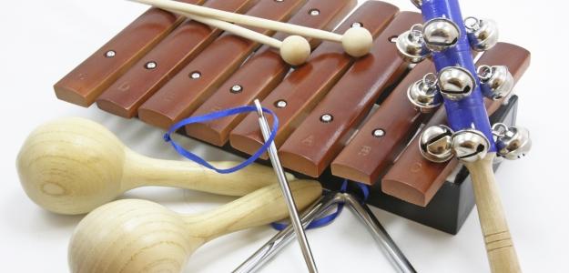 Ako sa naui hra na hudobn nstroj?