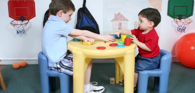 Premotivovaní rodičia alebo Ako (ne)umoriť dieťa krúžkami