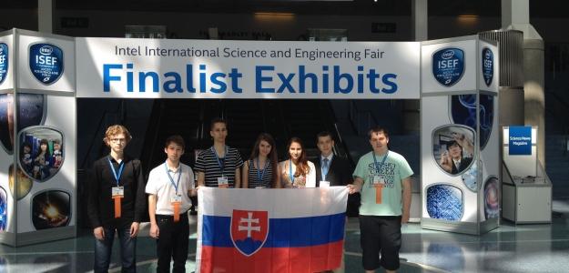 Slovenskí študenti získali najdôležitejšie ocenenia na prestížnej celosvetovej súťaži mladých vedcov Intel ISEF