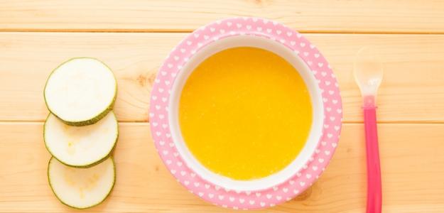 Krémová karfiolová polievka s vareným žĺtkom