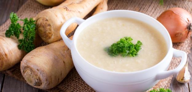 Bielo-zelená polievka