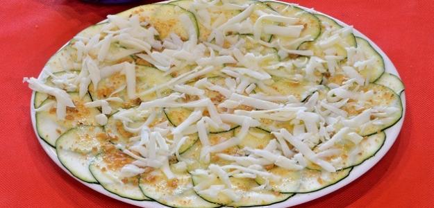 Zapekaná cuketa so syrom a cesnakom