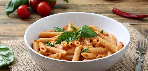 Cestoviny so zeleninovo-paradajkovou omáčkou